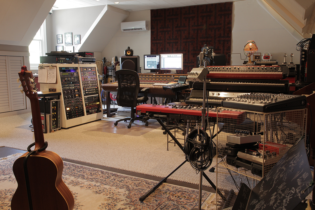 Control Room Overview, Recording Console, Tracking, Analog, Vintage Keyboards
